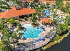 Luxury 3 Bedroom Villa Resort - Private Hot Tub, hotel in Kissimmee