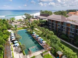 Hotel Indigo Bali Seminyak Beach, an IHG Hotel, spa hotel in Seminyak