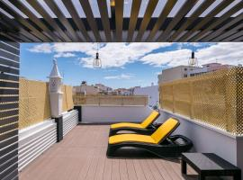LovelyStay - Sweet Escape I - Terrace, hotel in Quarteira