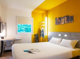 ibis budget Amsterdam Airport, room in Badhoevedorp