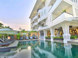 Central Suite Residence, hotel near King's Road Angkor, Siem Reap