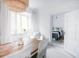 Lovely apartment in central Old Town, apartment in Stockholm