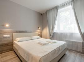 RentWill Borovskoe 137-1, hotel near Novoperedelkino Metro Station, Dachi Pisateley