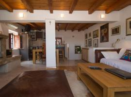 Kolenda Apartment, budget hotel in Korčula
