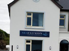 Seaclusion Luxury Guest Accommadation, hotel near Staigue Stone Fort, Waterville
