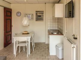 Appartement 3 - De Eekhof, pet-friendly hotel in Hindeloopen