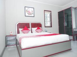 OYO 1284 Executive Residence, hotel in Semarang