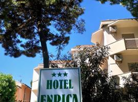 Hotel Enrica, hotel near Mirabilandia, Cervia