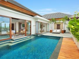 Royal Suites at The Bandha, hotel with jacuzzis in Legian