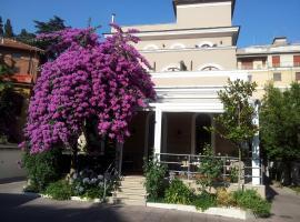 Villa Pirandello, hotel near Bologna Metro Station, Rome