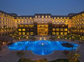 Renaissance Cairo Mirage City Hotel, hotel with pools in Cairo