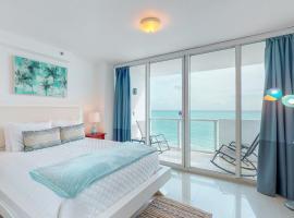 Castle Beach: Sea Grass Condo, villa in Miami Beach
