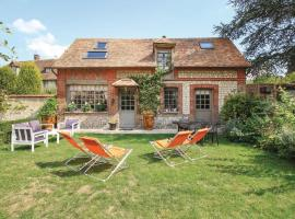 Two-Bedroom Holiday Home in Les Damps, hotel cerca de Campo de golf Léry-Poses, Les Damps