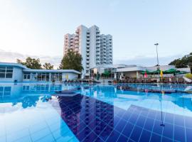 Hotel International, hotel in Baile Felix