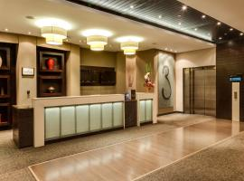 Protea Hotel by Marriott Transit O.R. Tambo Airport, hotel in Kempton Park