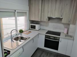 Dos Torres Frodo - Apartamento en zona universidad con parking y wifi gratis ideal para familias y empresas, apartament o casa a Saragossa