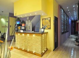 Hostal BARCELONA GOTIC 'guesthouse', bed & breakfast i Barcelona