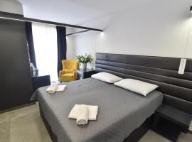 Mono Apartments & Rooms, hotel in Zadar