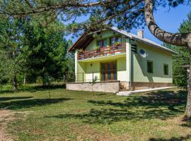 Apartman Striko, hotel in Korenica