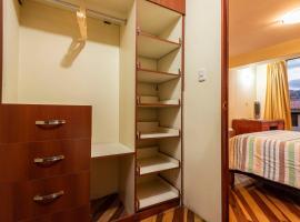 Espacioso confortable apartamento familia, hotel with jacuzzis in Cusco