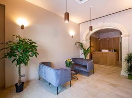 HOTEL SIMON BOLIVAR, hotel a Noto