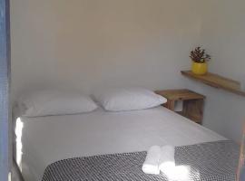Mandacaru Guest House, homestay in Praia do Forte