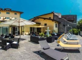 Hotel Borgo dei Poeti Romantik Wellness & SPA, hotell i Manerba del Garda