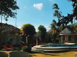 Puri Rinjani Bungalows, holiday park in Kuta Lombok