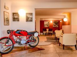 Hotel City, hotel en Desenzano del Garda