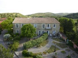 Chambres d'hôtes Château de Jonquières, hotel near Abbaye de Fontfroide, Narbonne