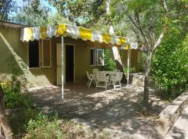 Villaggio Camping Baia di Ogliastro, apartment in Castellabate