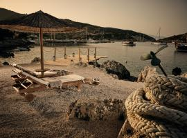 Nobelos Seaside Lodge, hotel near Shipwreck Beach, Agios Nikolaos