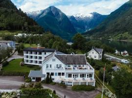 Kringsjå Hotel, hotel in Balestrand