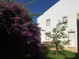 SOBRE RIBAS 2|12, hotel near S. Sebastião Aqueduct, Coimbra