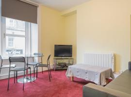 Smith 1 Bed Apartment, accommodation in Aberdeen