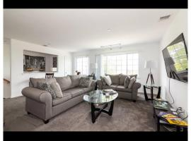 Decosta Homes, apartment in Queens