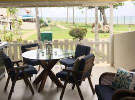 Villa Brisas de Mar at Embassy Suites, hotel in Dorado