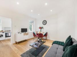 Brampton Apartment, apartment in Croydon