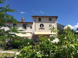 Le Prieuré, hôtel à Saint-Dalmas-de-Tende