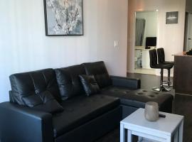 Executive 1 Bedroom Condo sleeps 4, hotel near BMO Field, Toronto