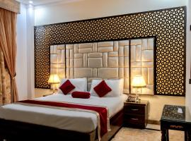 Rose Palace Hotel, Gulberg, hotel in Lahore