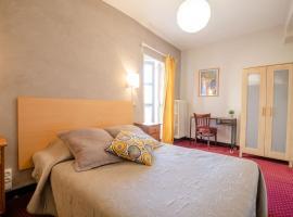 Hôtel Le Foch, hotel en Beaune