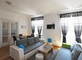 ODEON Apartment And Rooms, B&B in Rijeka