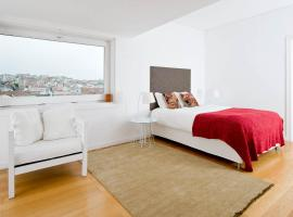 Chiado Design Apartment 5E, hotel conveniente a Lisbona