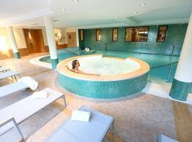 Hotel Spa Vacances Bleues La Villa du Lac - Genève - Divonne Les Bains, hôtel à Divonne-les-Bains