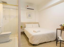 Minima 8, hotel near Gurney Paragon, George Town