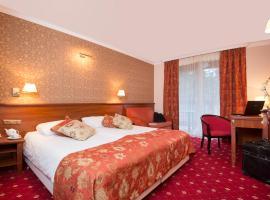 Hotel Albatros – hotel w mieście Serwy