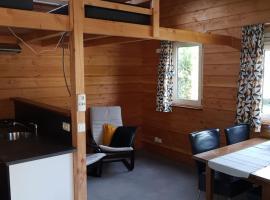 Chalet - Camping 't Dekske, hotel near Eindhoven Airport - EIN,
