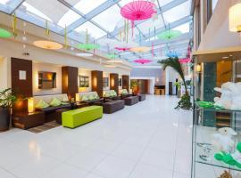 CE Plaza Hotel, hotel Siófokon