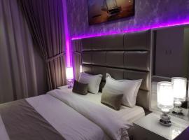 Makarem Hotel Apartments, hotel near King Khalid Airport - RUH, Riyadh